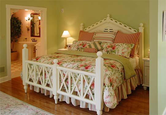 cottage-bed-on-line-res